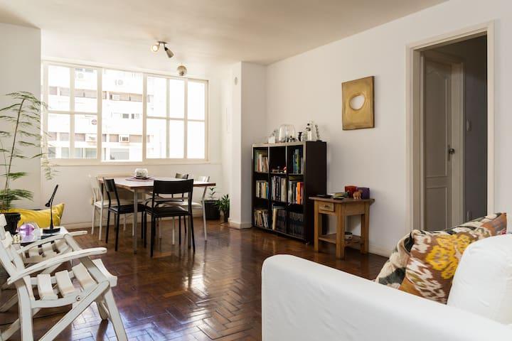 Top location bedroom in Ipanema Rio - Rio de Janeiro - Apartment