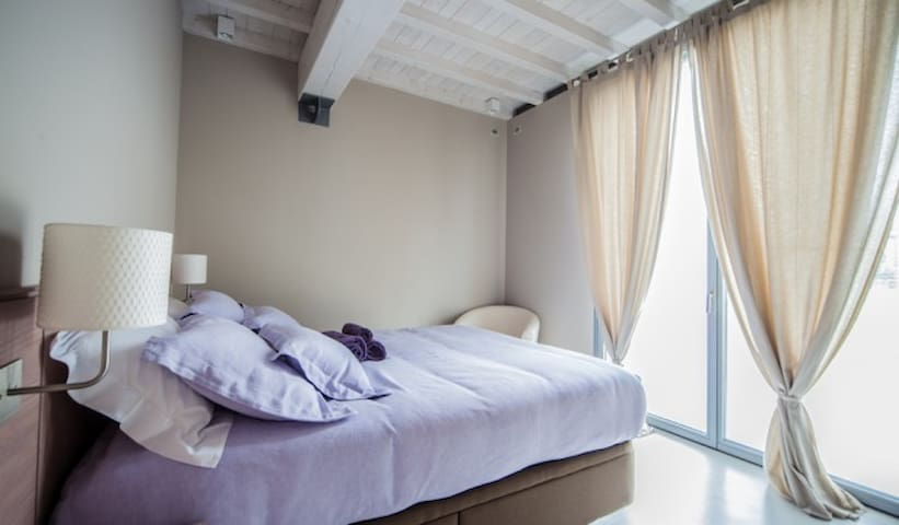 Agriturismo il Canneto Lavanda room - Ronco Campo Canneto - Bed & Breakfast