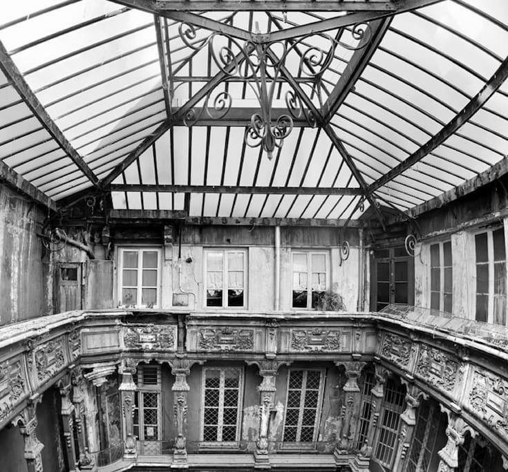 cour intérieure  classée 17ème  siècle