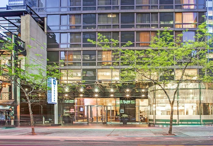 1 BR PR at The Wyndham Midtown 45 at New York City