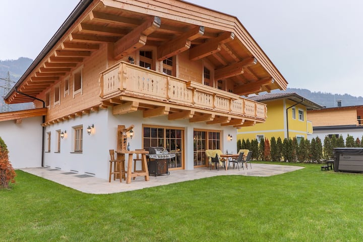 Luxurious Villa in Tyrol near the Lake