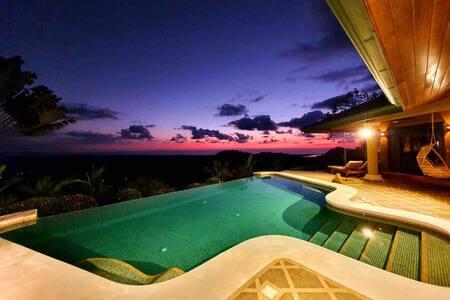 ColibriNido XXL 4/6 pers piscine exclusive Vue Mer