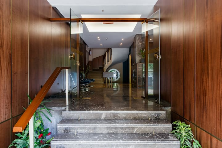 Delice Serviced Appartments - Entrance