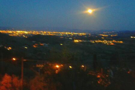 Romantik hoch über Florenz - Carmignano - Bed & Breakfast
