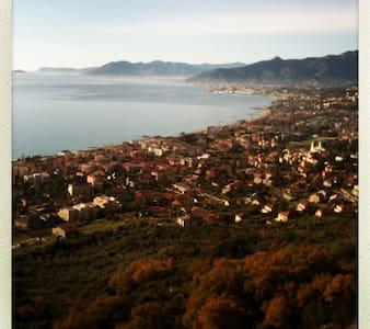 Stunning flat in the Riviera - Borgio Verezzi