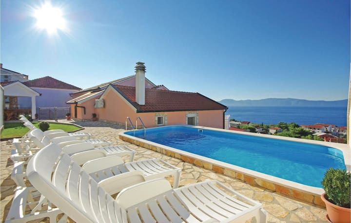Awesome home in Podaca with WiFi, Outdoor swimming pool and 1 Bedrooms
