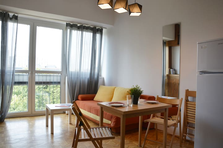 TOP location - Sunny Apartment in City center