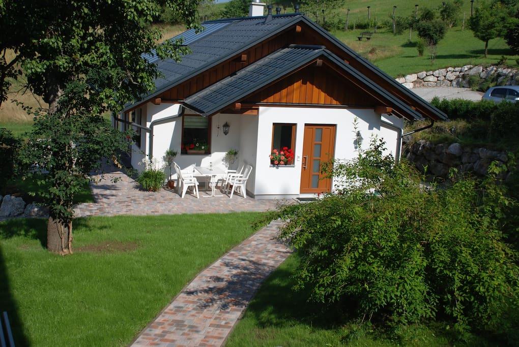 Auf der eigenen Terrasse den Ausbklick und die Sonne genießen