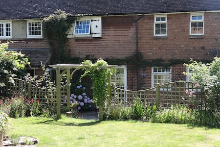 Double room with Views, rural Kent - Goudhurst - Casa