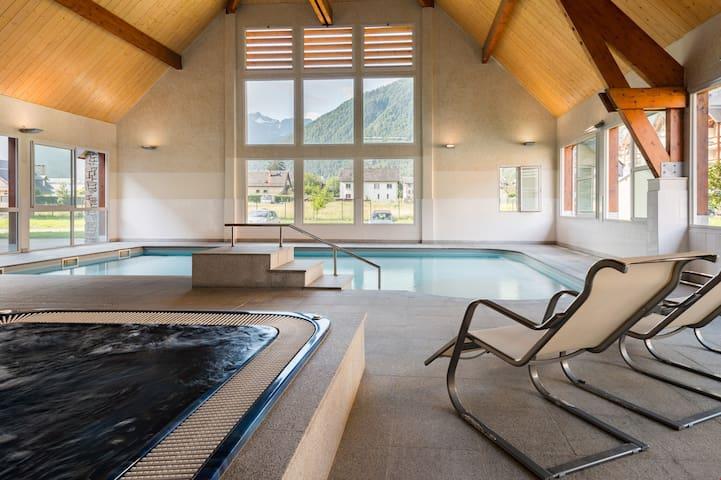 Appartement moderne et lumineux pour 4 | Accès piscine + fitness !