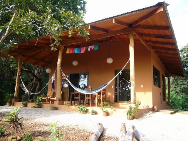 Cozy jungle house in Playa Negra - Los Pargos - House