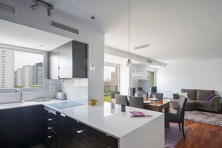 ♬Modern apartment with SEA view