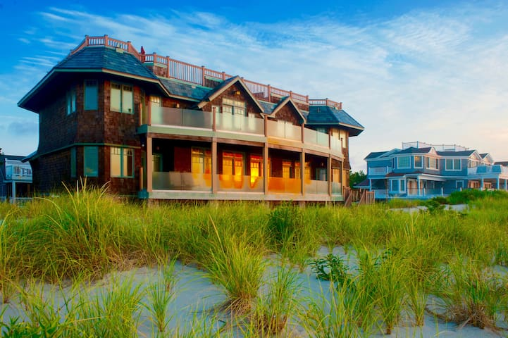 LBI Exquisite Oceanfront.oasis to relax entertain!