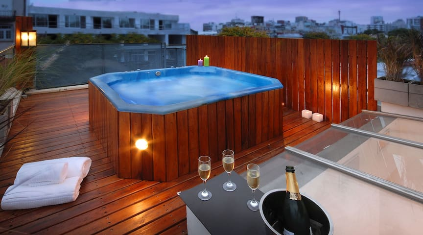 HUGE PRIVATE ROOFTOP WITH JACUZZI !  (PT4) - Buenos Aires - Flat