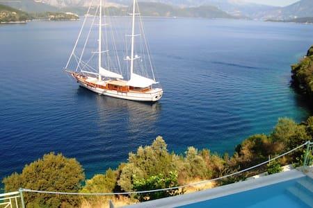 Luxury villa Sea Pearls on the waves . - Lefkada - Casa