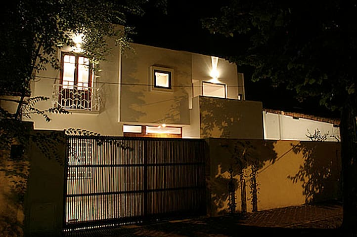Warm and cozy house in Beccar, San Isidro.