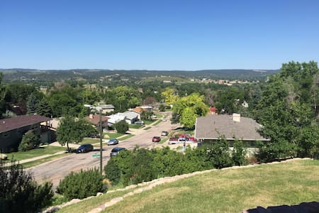 Studio with a fantastic view! - Rapid City