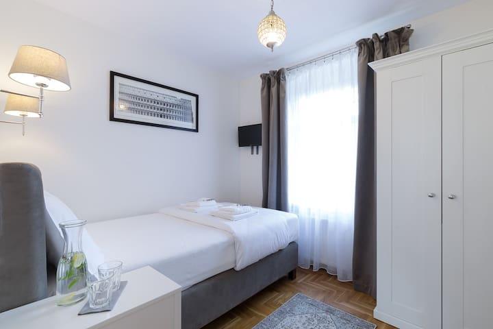 Pałacyk Szklarska - pokój nr. 3 - idealny dla pary