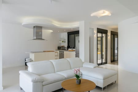 Luxury Condominium in La Zenia - Oriola - Pis