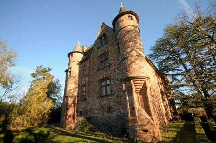 Chateau de CANAC