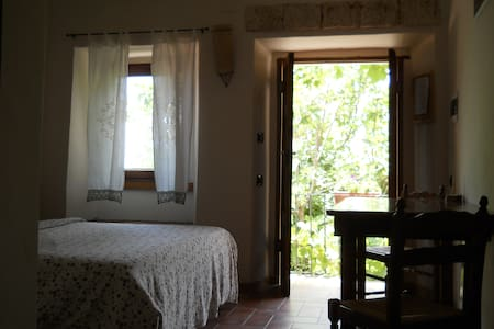 Enjoy real Italian countryside   ! - Forcella, Pescosolido - Hus