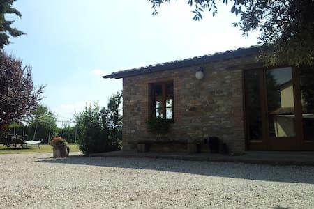 Casetta nell'Alta Valle del Tevere - San Giustino