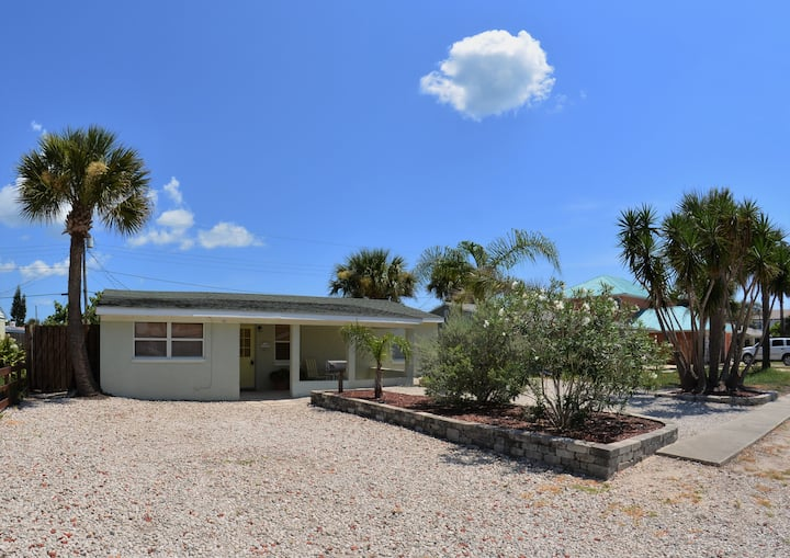 Beach Home Just 300 ft from the Beach! Best rates!