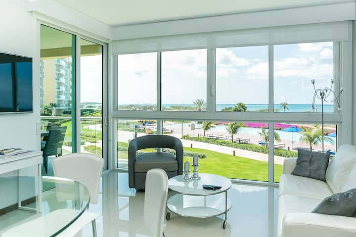 Happiness comes in waves, Ocean View Condo