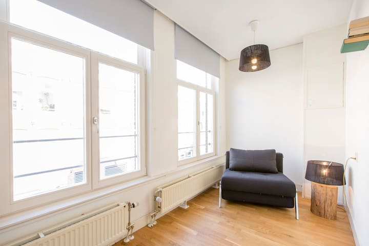 Great 1BR apartment in the heart of the Pijp