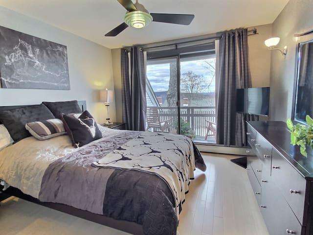 retire in style to the queen bedroom
