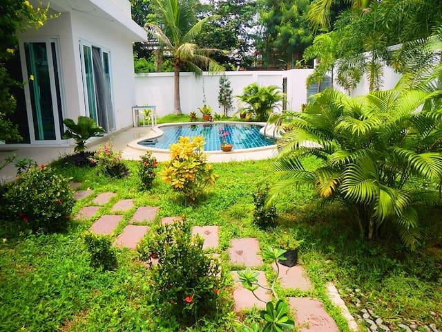Mountain Village - Pattaya - House
