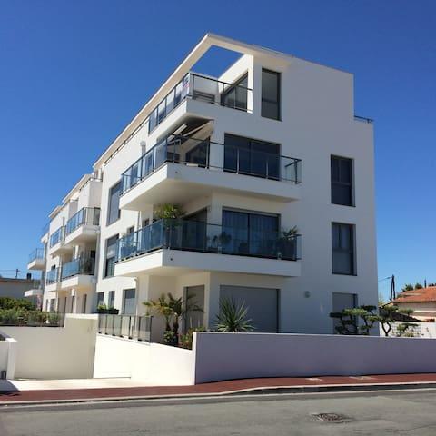 Bel appartement proche marché avec grande terrasse - Royan - Appartement