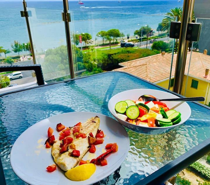 Thalassa Sea View Suite, Sleeps 4, Wifi, Sat TV