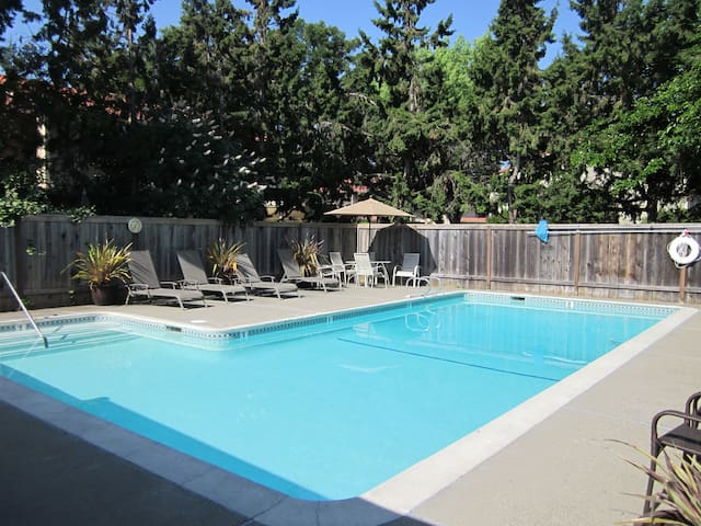 Awesome 2 bedroom condo with a pool!