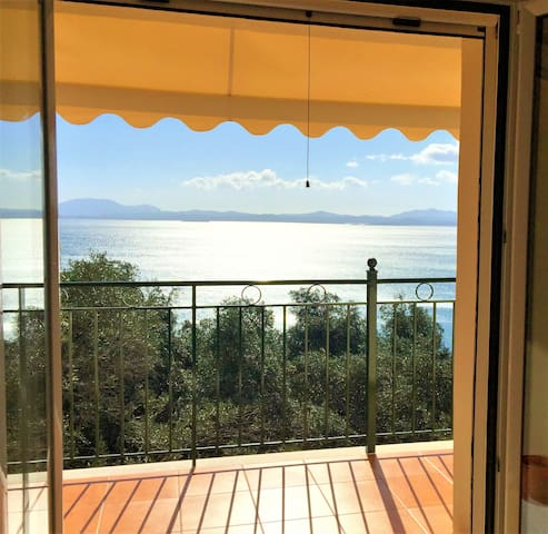Comfortable apartment w/ sea views - Nissaki - Apartment