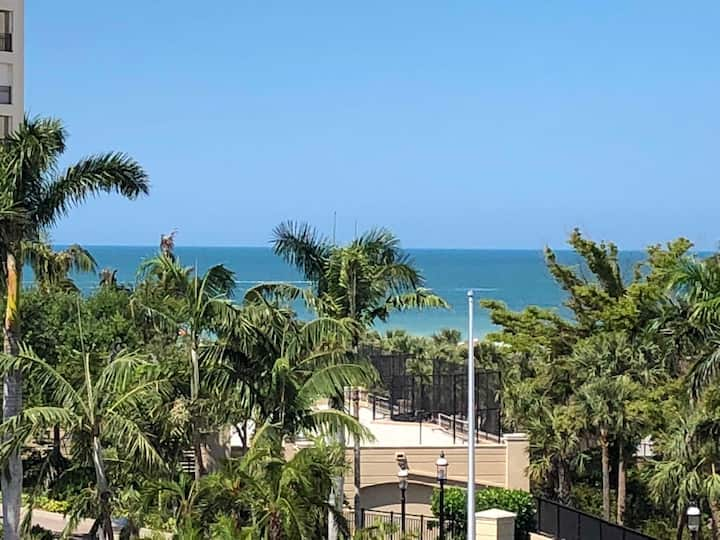 5th Fl Condo, Gulf view, Beach Access, JW Marriott