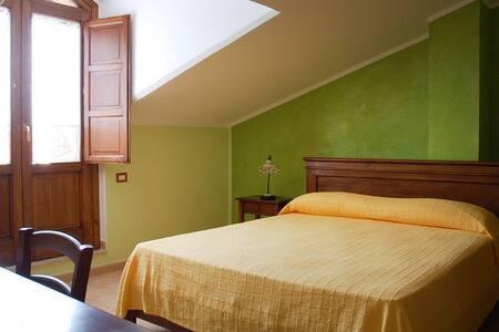 "Agriturismo ""Casa di Scina"" - Mandia - Bed & Breakfast"