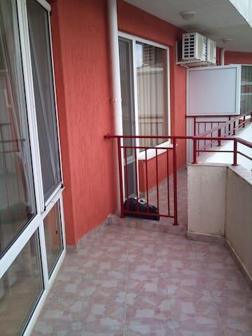 Уютная студия в Болгарии, Елените. - Elenite - Apartamento