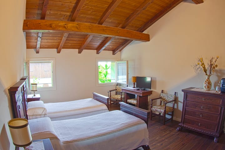 Double room with twin beds - Breakfast incl. - R&B