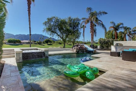 PGA West, golf course, waterslide pool home - La Quinta - Ház