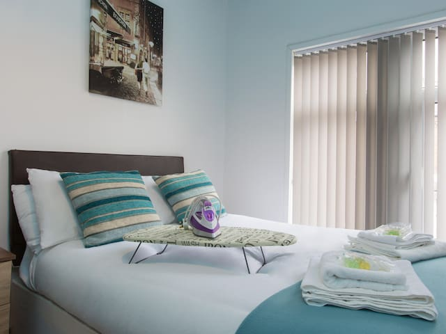Townhouse @ Minshull New Road Crewe-Double Room  3