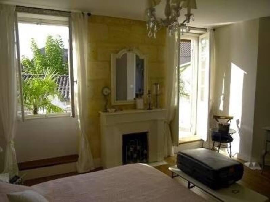 Chambres d 39 h tes gabrielle maisons de ville louer la - Chambres d hotes avignon centre ville ...