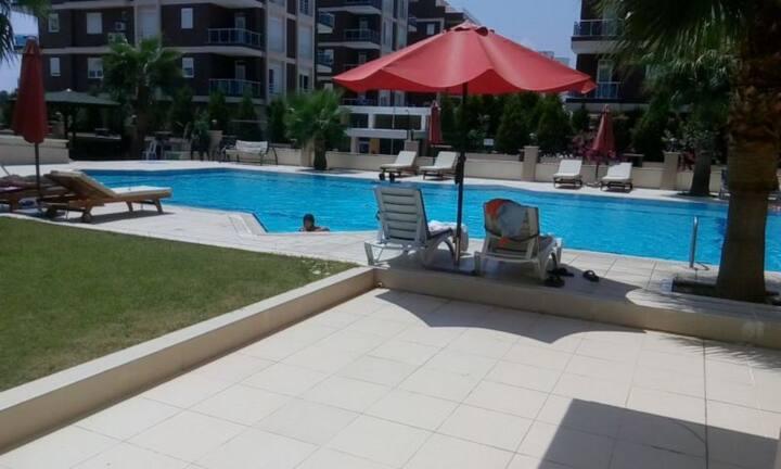 2+1 konyaalti residence daire havuz  deniz:)