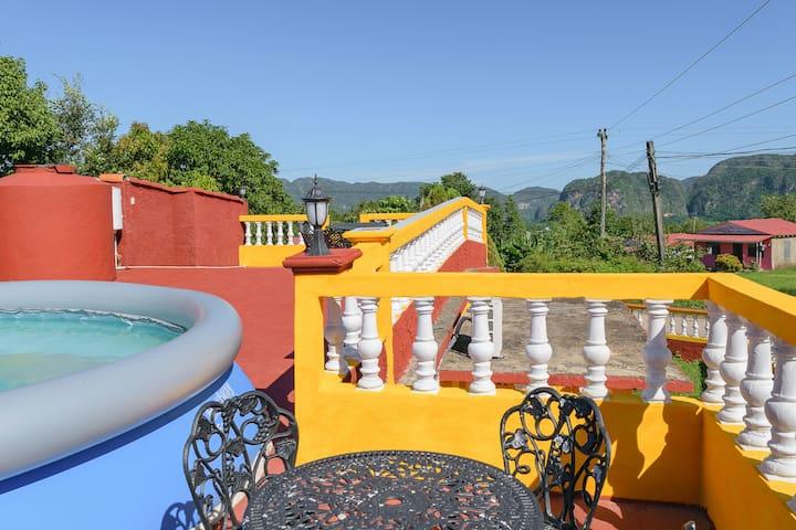 "Villa ""Los Jazmines"" POOL INCLUDED- WIFI"