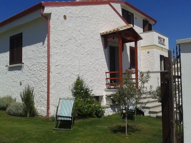 Bella casa nell'isola di Sant'Antioco  - Sant'Antioco - Casa