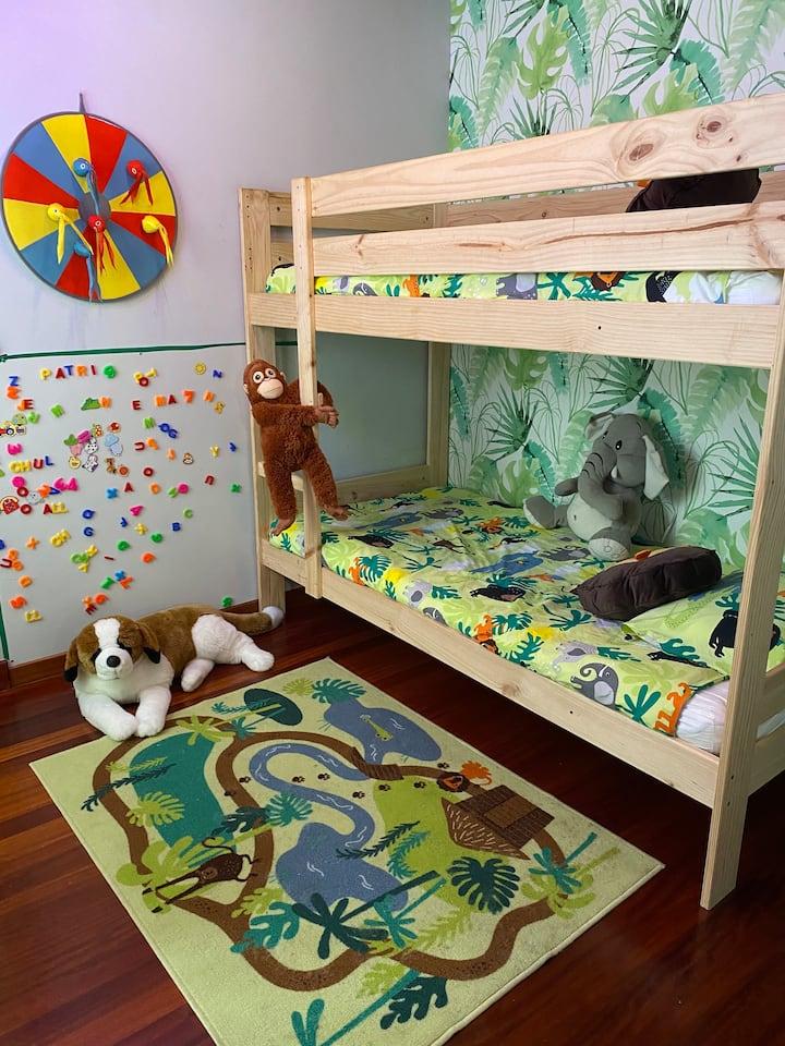 Casa de Costoia, habitación rural infantil (Selva)