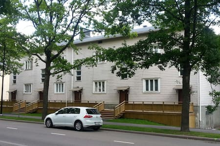 Cozy studio apartment by the beach - Kotka