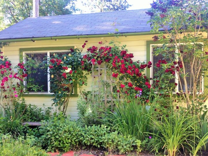 Charming Garden Cottage