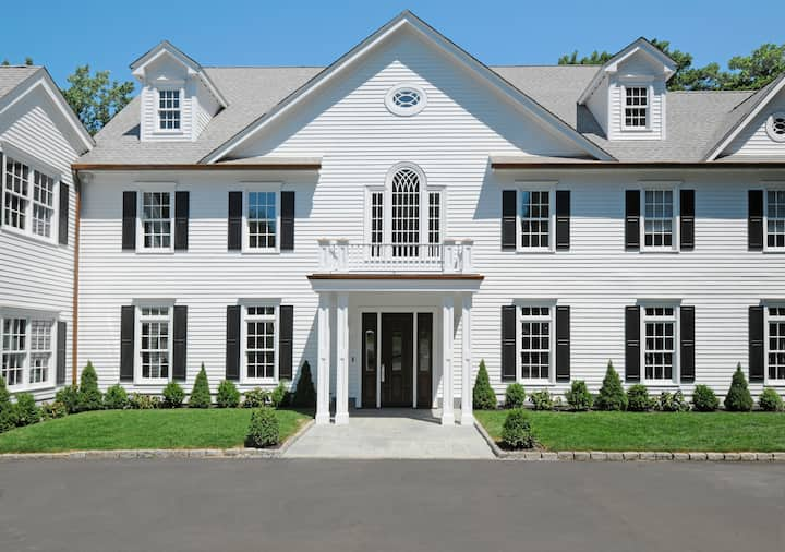 Greenwich In town Gated Community Home for Rent