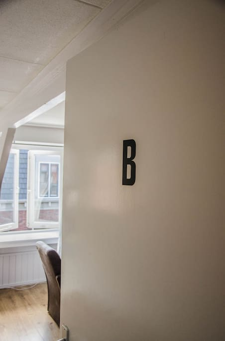 Entrance apartment B